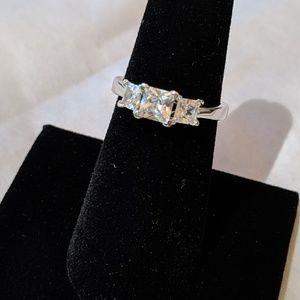Jewelry - Stunning CZ three-stone ring